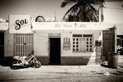 ?Viva Mexico! B&W Collection - Supermarket Isla Mujeres-Philippe Hugonnard-Photographic Print