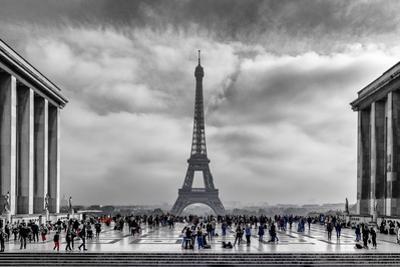 Eiffel by Vladimir Kostka