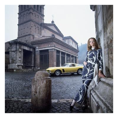 Vogue - April 1969 - Veruschka in Rome-Franco Rubartelli-Premium Photographic Print
