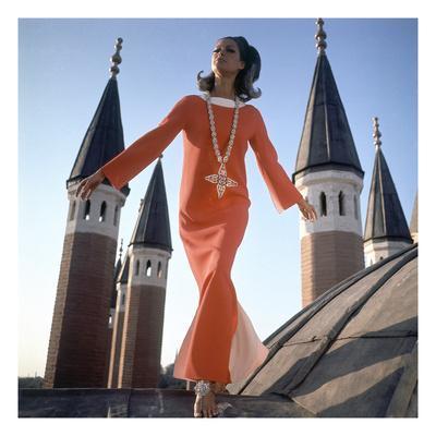 https://imgc.artprintimages.com/img/print/vogue-december-1966-orange-christian-dior-dress_u-l-pep6tk0.jpg?p=0