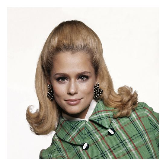 Vogue - February 1967-Bert Stern-Premium Photographic Print