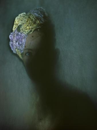 https://imgc.artprintimages.com/img/print/vogue-january-1946_u-l-peotlk0.jpg?p=0