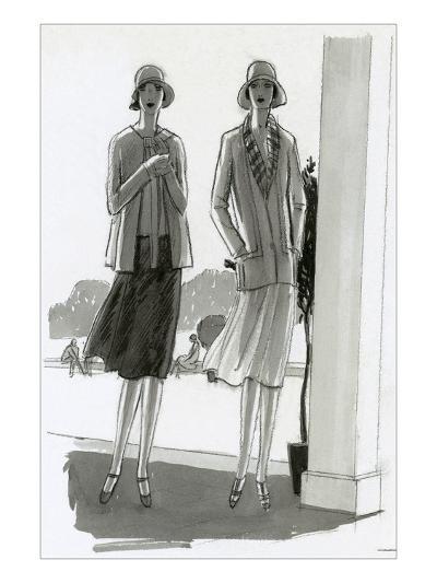 Vogue - July 1929-Porter Woodruff-Premium Giclee Print