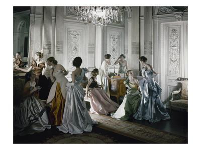 https://imgc.artprintimages.com/img/print/vogue-june-1-1948-charles-james-ballgowns_u-l-pex9h40.jpg?p=0