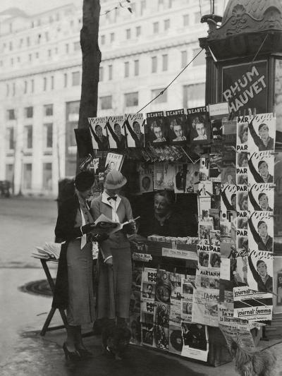 Vogue - May 1933-George Hoyningen-Huen?-Premium Photographic Print