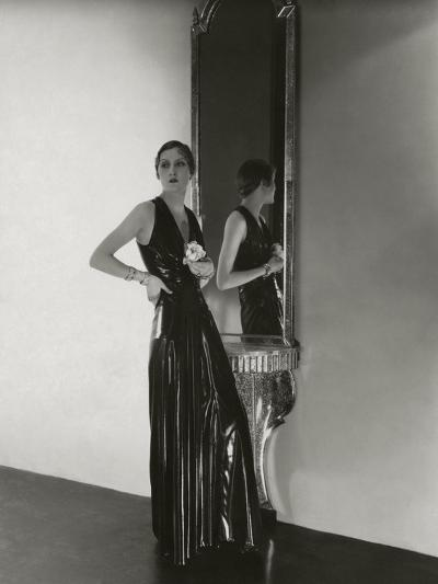 Vogue - October 1932-George Hoyningen-Huen?-Premium Photographic Print