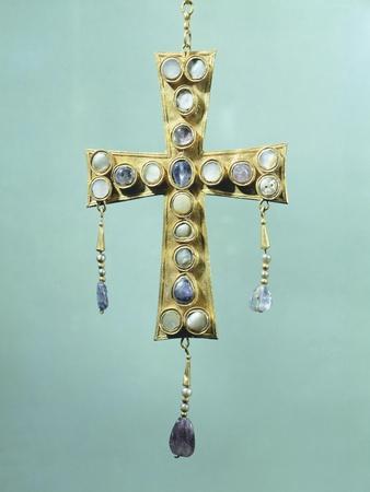https://imgc.artprintimages.com/img/print/votive-cross-in-gold-and-precious-stones_u-l-pouvii0.jpg?p=0