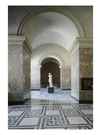 Vue intérieure : Galerie de la Vénus de Milo--Giclee Print