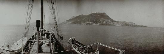 - Vue prise du yacht du duc d'Orléans:île - vue prise du yacht du duc d'Orléans:île vers 1905- Philippe-Giclee Print