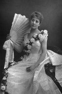 Maude Millett, Actress, 1890 by W&d Downey