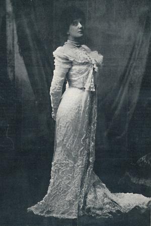 'Miss Lena Ashwell', 1900