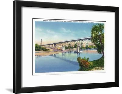 Waco, Texas - General View of the Brazos River Bridge, c.1944-Lantern Press-Framed Art Print