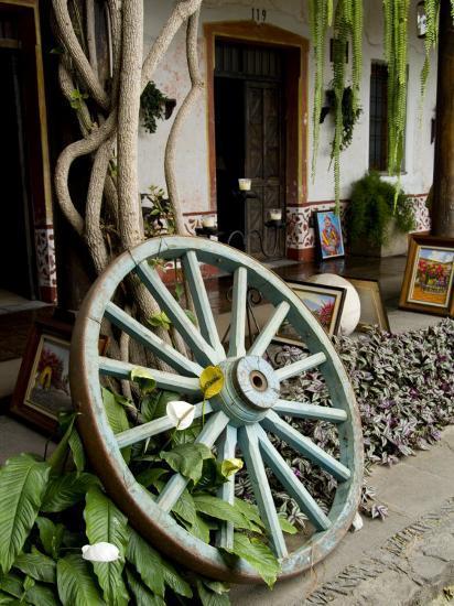 Wagon Wheel, La Posada De Don Rodrigo Hotel, Antigua, Guatemala-Bill Bachmann-Photographic Print