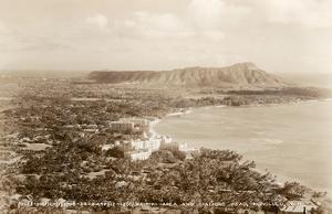 Waikiki Area and Diamond Head Crater - Honolulu, T.H. Territory of Hawaii
