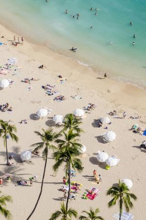 https://imgc.artprintimages.com/img/print/waikiki-beach-waikiki-honolulu-oahu-hawaii-united-states-of-america-pacific_u-l-pxxqc60.jpg?p=0