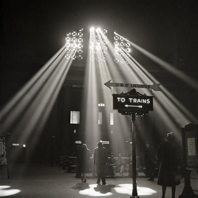 Waiting Room of the Union Station, Chicago--Photographic Print