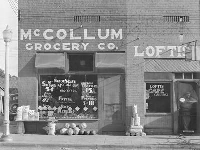 Grocery store in Greensboro, Alabama, c.1936