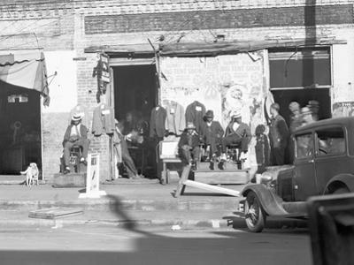Sidewalk scene in Selma, Alabama, 1935
