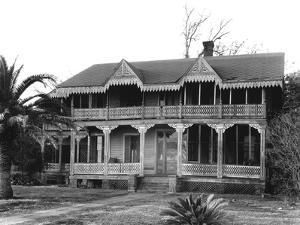 Victorian cottage in Waveland, Mississippi, 1936 by Walker Evans