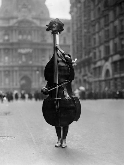 Walking Violin in Philadelphia Mummers' Parade, 1917-Bettmann-Photographic Print