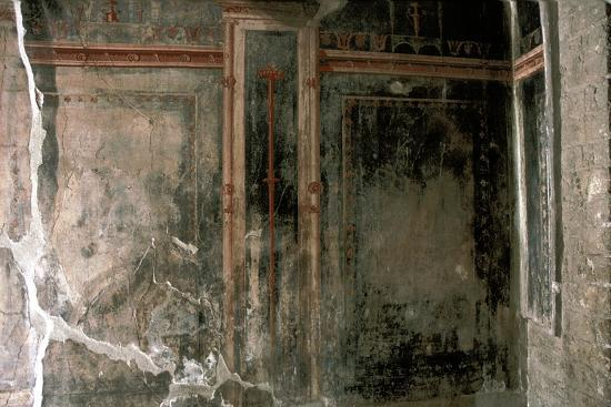 Wall decoration in a house in the Roman town of Herculaneum, Italy. Artist: Unknown-Unknown-Giclee Print