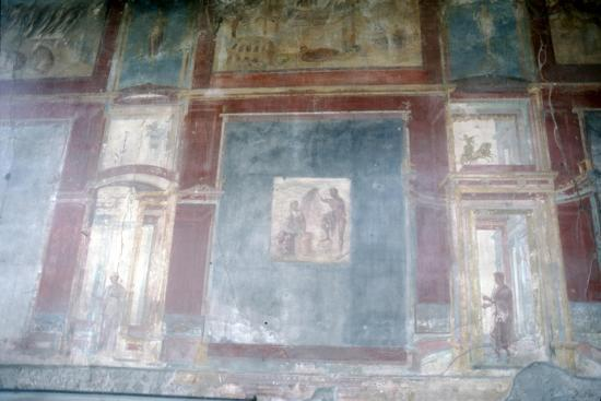 Wall painting from Pompeii, c1st century-Unknown-Giclee Print