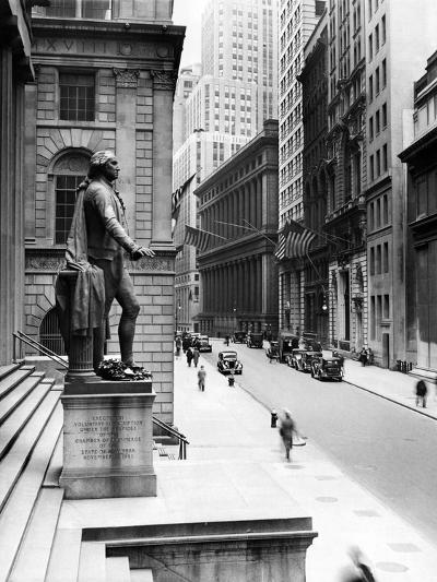 Wall Street Is Virtually Deserted in Front of the US Sub-Treasury Building--Photo