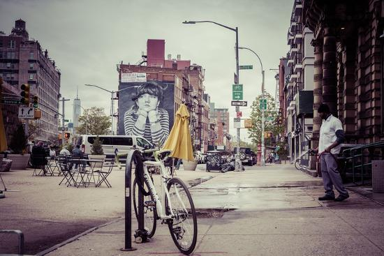 Wallpainting and Groundskeeping in neighbourhood of Williamsburg, Brooklyn, New York, USA-Andrea Lang-Photographic Print