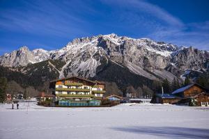 Austria, Styria, Ramsau am Dachstein, Dachstein Mountains by Walter Bibikow