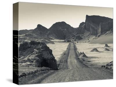 Chile, Atacama Desert, San Pedro De Atacama, Valle De la Luna, Valley Road