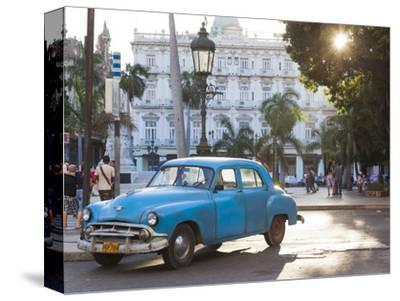 Cuba, Havana, Havana Vieja, Detail of 1950s-Era US Car