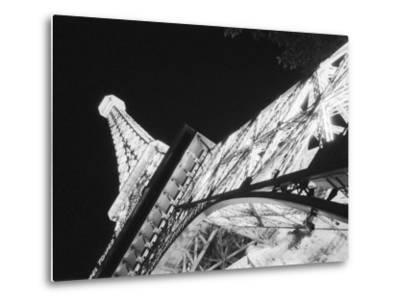 Eiffel Tower and Paris Casino at Night, Las Vegas, Nevada, USA