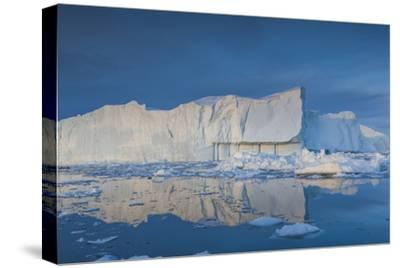 Greenland, Disko Bay, Ilulissat, Floating Ice at Sunset