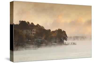 Lake Hamilton, Autumn Fog at Dawn, Hot Springs, Arkansas, USA