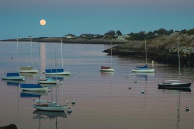 Massachusetts, Cape Ann, Rockport, Rockport Harbor, Moonrise