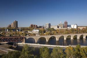 Mississippi River and City Skyline, Minneapolis, Minnesota, USA by Walter Bibikow
