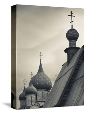Nativity of the Virgin Cathedral and Saint Nicholas Church, Suzdal Kremlin, Vladimir Oblast, Russia