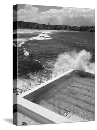 New South Wales, Sydney, Bondi Beach, Bondi Icebergs Swimming Club Pool, Australia