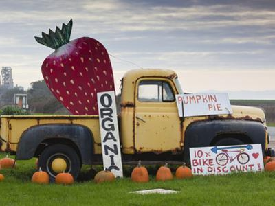 Route 1, Old Pickup Truck at Roadside Fruit Stand, Swanton, Central Coast, California, Usa