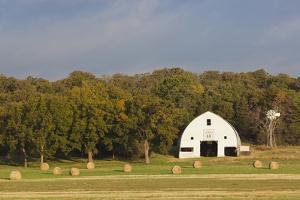 Route 66 Rock of Ages Farm, Arcadia, Oklahoma, USA by Walter Bibikow