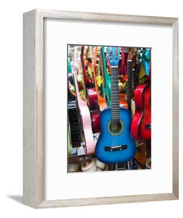Toy Guitars, Olvera Street Market, El Pueblo de Los Angeles, Los Angeles, California, USA