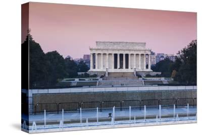 USA, Washington Dc, Lincoln Memorial, Dawn