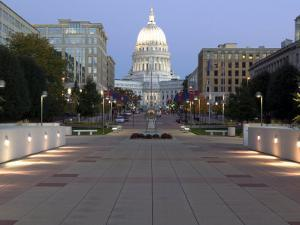 Wisconsin State Capitol Building, Madison, WI by Walter Bibikow