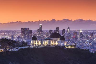 USA, California, Los Angeles, elevated view of the Griffith Park Observatory and Downtown Los Angel