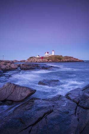 USA, Maine, York, Nubble Light Lighthouse, dusk