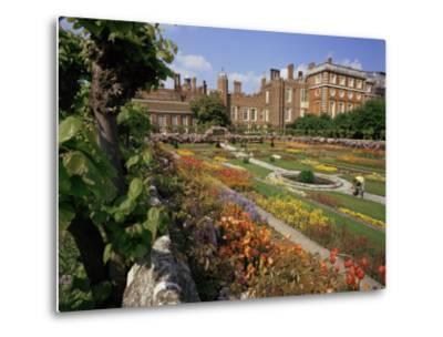 Sunken Gardens, Hampton Court Palace, Greater London, England, United Kingdom