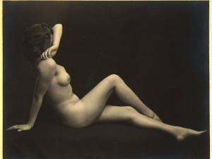 Female Nude by Wanda Wulz
