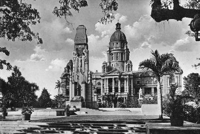 War Memorial and City Hall, Durban, South Africa--Giclee Print