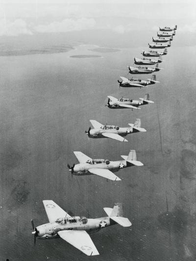 War Planes Flying in Formation--Photographic Print