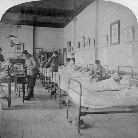 Ward in General Hospital No 10, Formerly Grey's College, Bloemfontein, South Africa, 1901-Underwood & Underwood-Giclee Print
